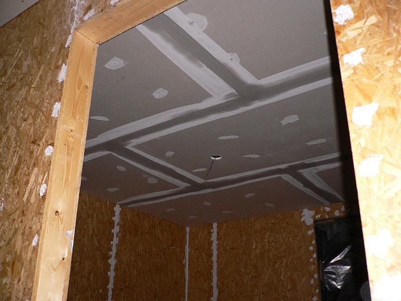 Het Kapottehuis/2005/2005-11-16/Stucwerk plafond slaapkamer Kilian